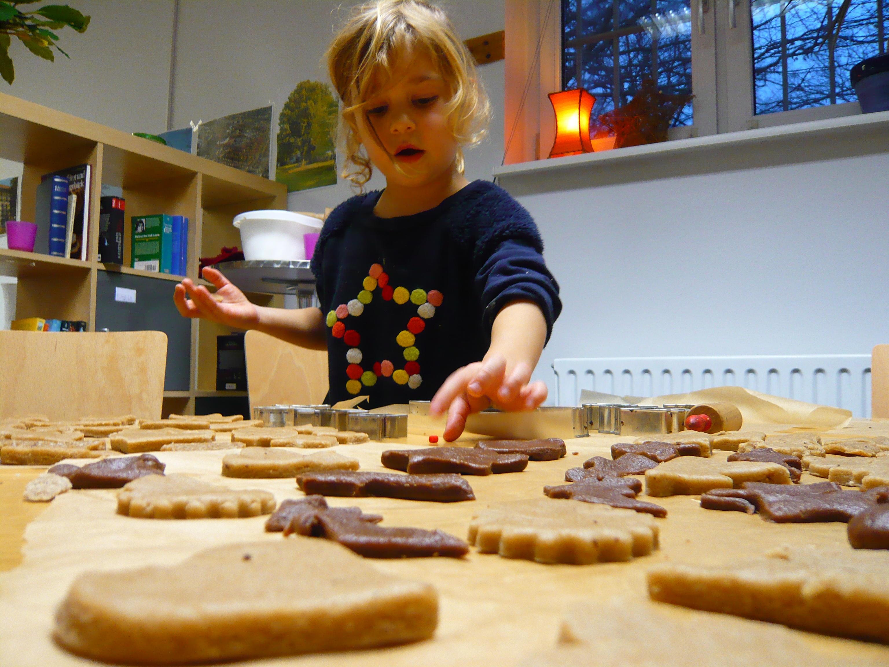 01. Dezember: Einladung zum Plätzchen backen für Kinder im Quartierladen