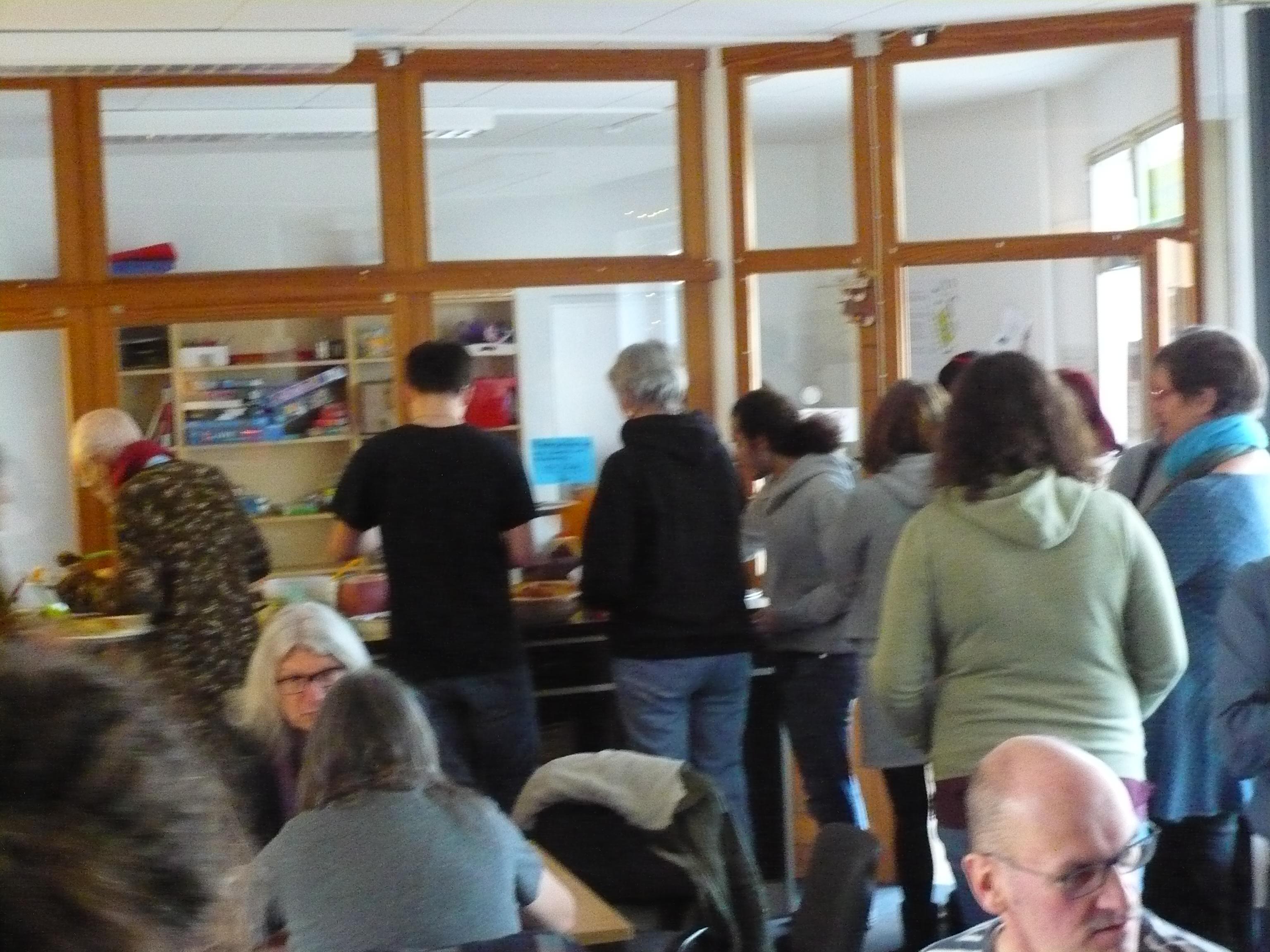 Kulinarischer Hotspot: Veganer Winterbrunch mit über 50 Gästen…