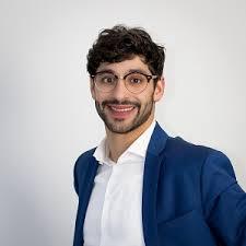 zu Gast im Freitagscafé: SPD-Landtagskandidat Bijan Kaffenberger