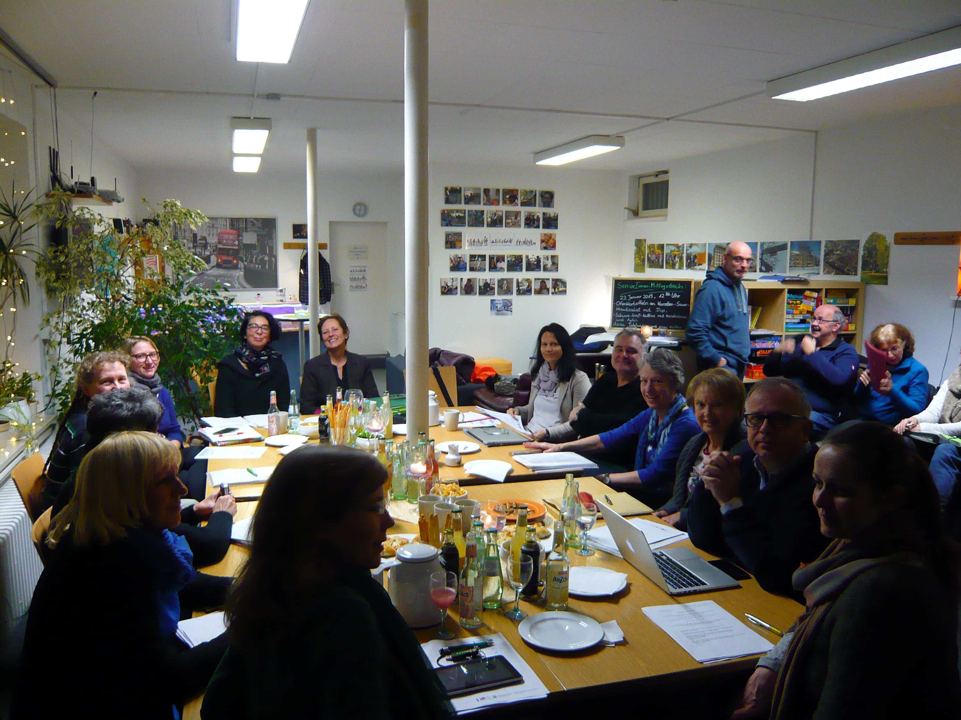 Sozialausschuss der Stadtverordnetenversammlung tagt im Quartierladen