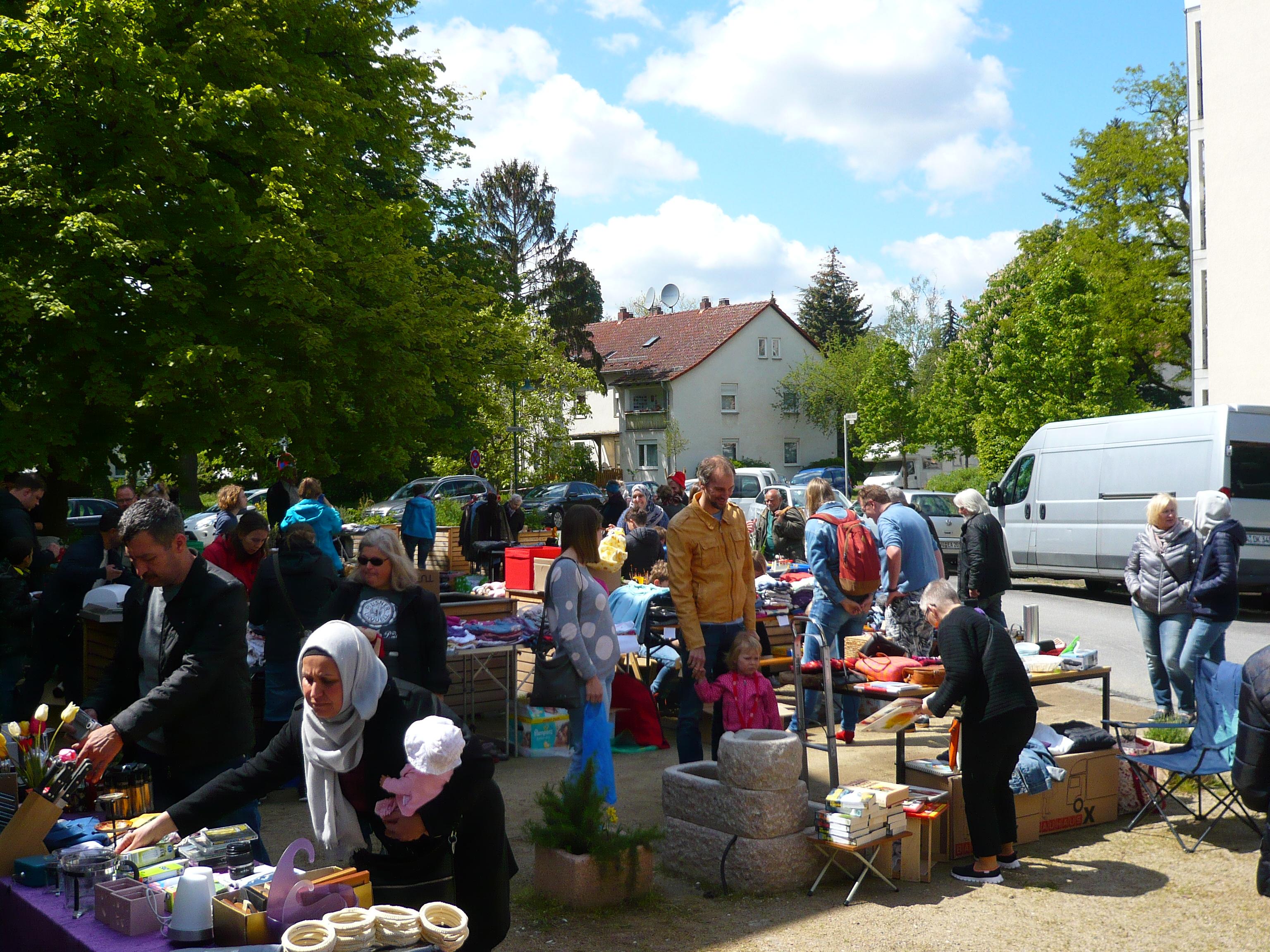 Impressionen vom Flohmarkt in der Postsiedlung am 12.Mai 2019