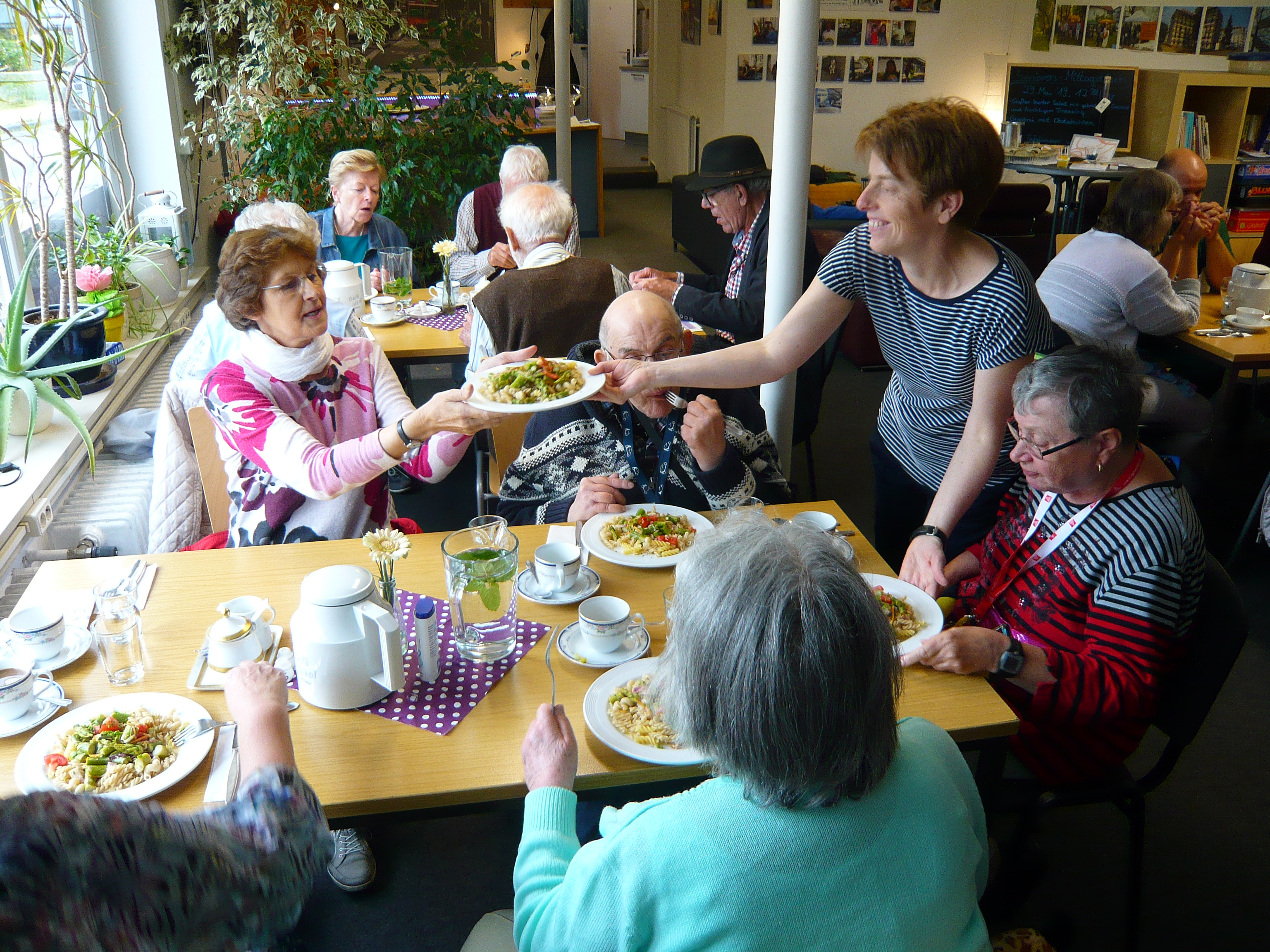 Unser SeniorInnen-Mittagstisch – seit Wochen immer ausgebucht…