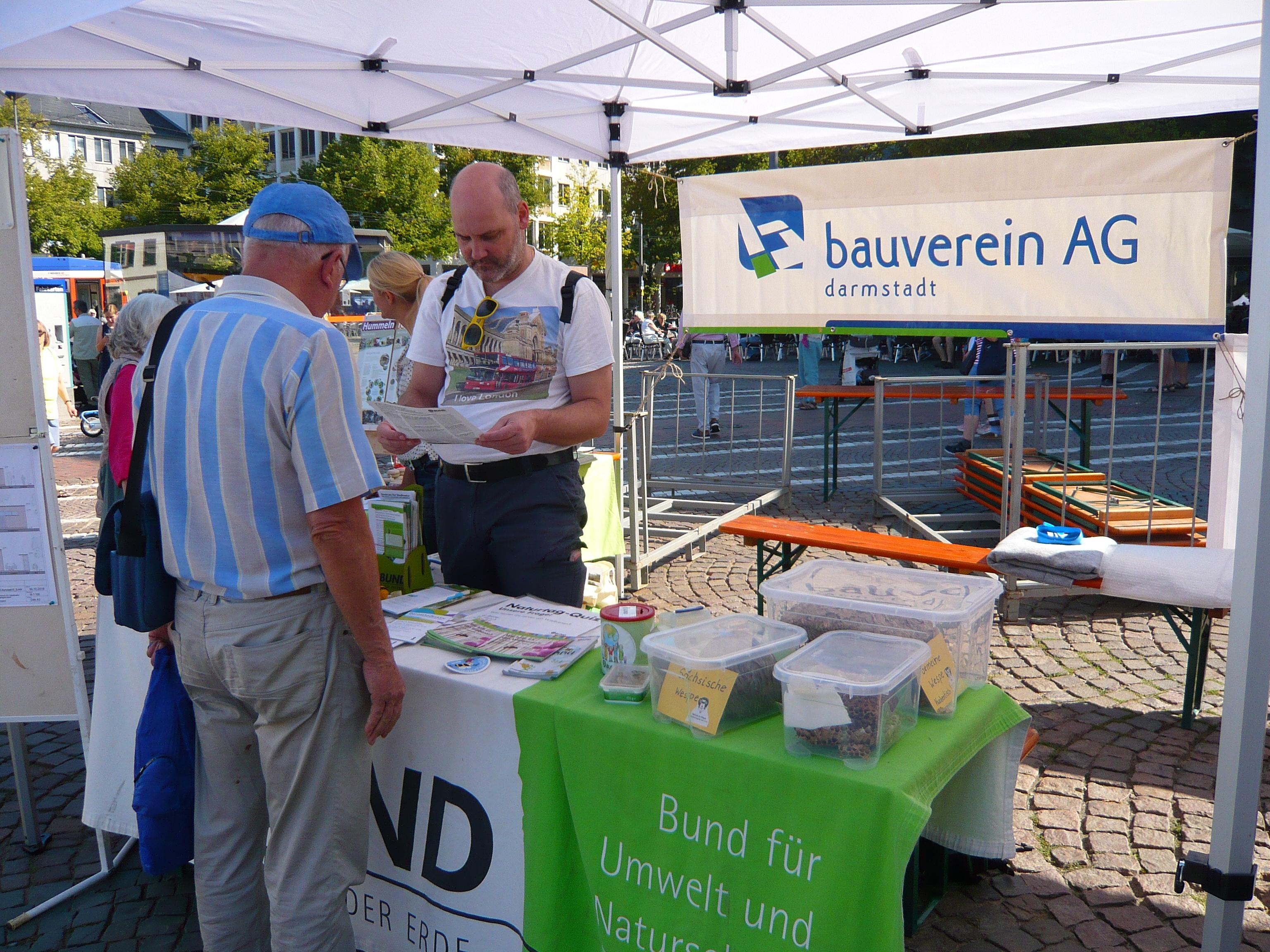 Umweltbörse auf dem Luisenplatz: Gemeinsamer Infostand mit Bauverein und BUND zum Postsiedlungs-Biotop