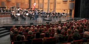 Starker Auftakt der Echo hilft – Aktion im Staatstheater…