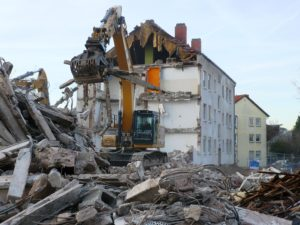 Read more about the article Obere Postsiedlung: Abrissarbeiten im vollen Gang – wir sagen Tschüss und freuen uns auf das Neue…