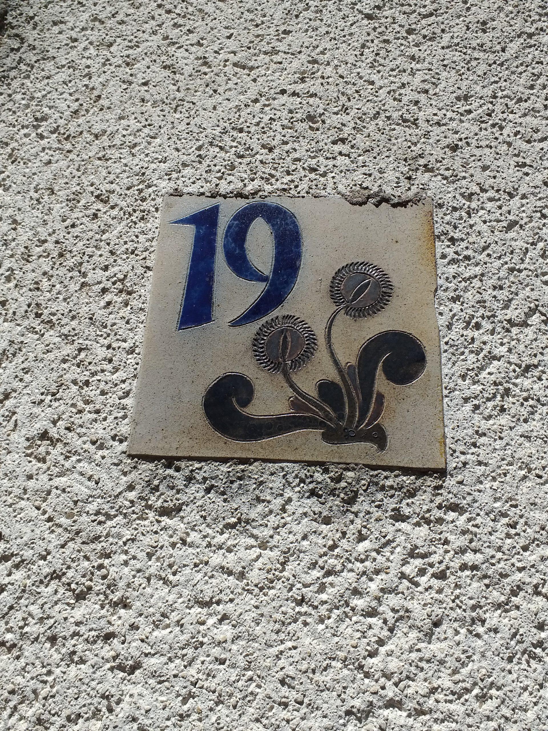 Abriss obere Postsiedlung: Historische Hausnummern gerettet – wer hat Informationen zu ihnen?