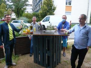 Corona-Hilfe: Schönes Dankeschön-Fest für Engagierte + Hüttenbauer