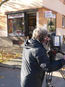 """Umsonstladen, Mittagstisch und Bio-Kochtüten: Hessischer Rundfunk dreht zu den """"Corona-Zeiten"""" in der Postsiedlung"""
