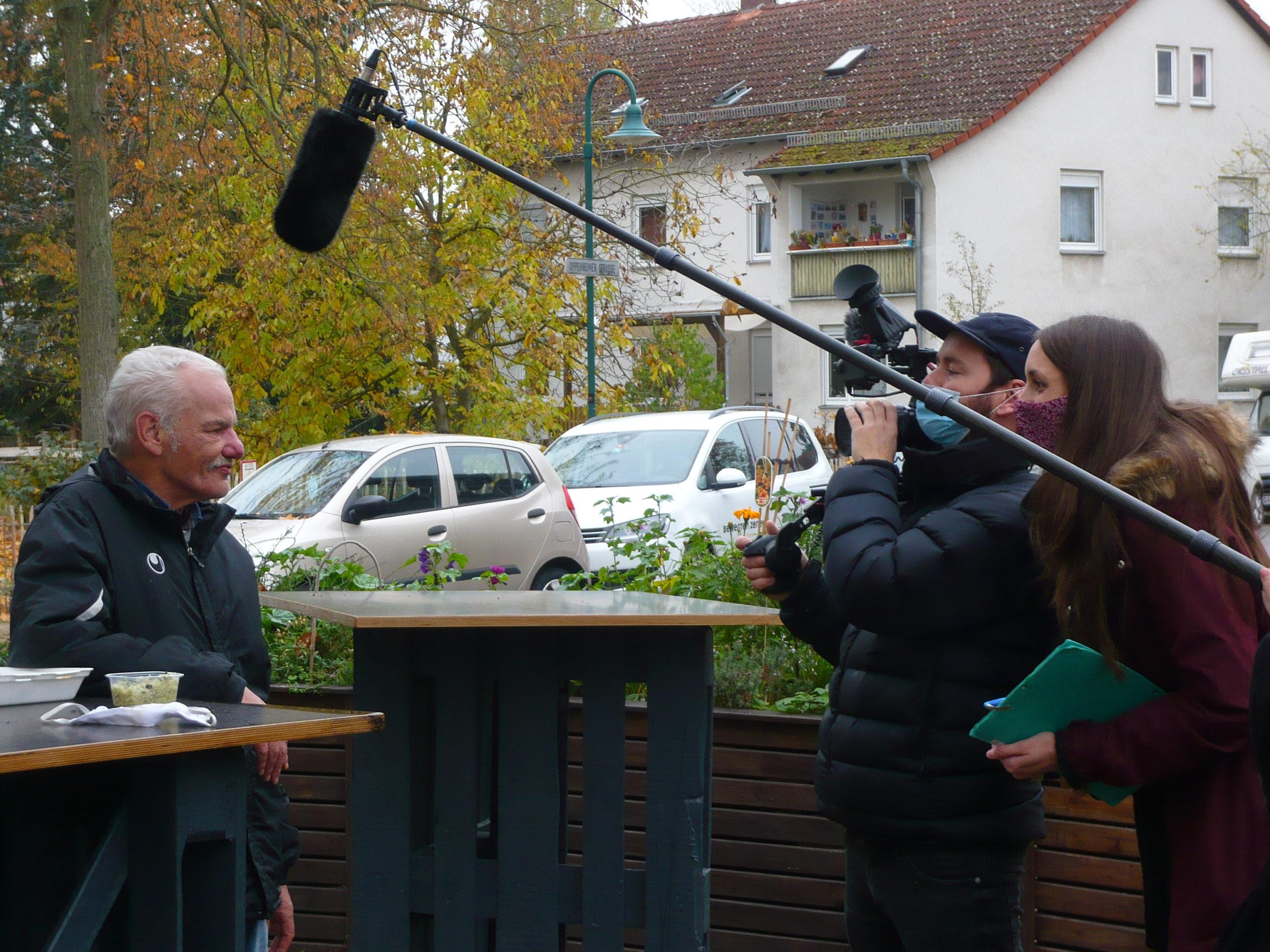 ZDF dreht Langzeit-Reportage über unsere Quartier-Arbeit in der Postsiedlung!
