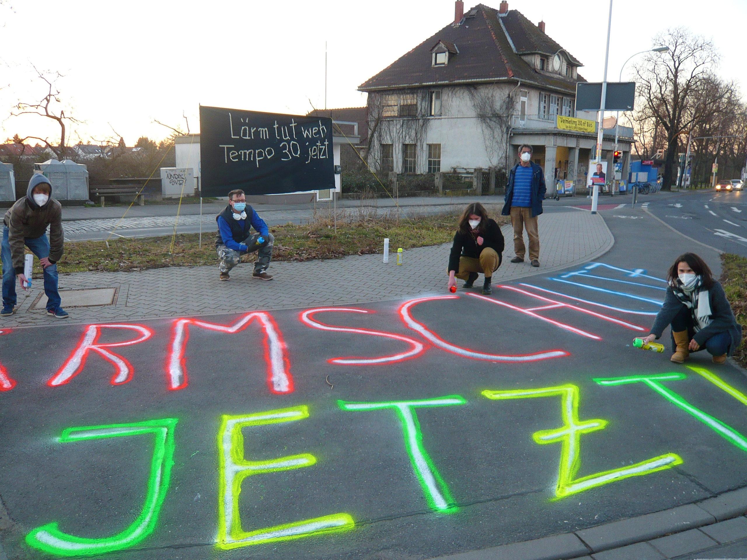 Read more about the article Moltkestrasse nach Mieter-Aktionen: Großer Schritt zur Lärmreduzierung – Straße wird grundlegend saniert!