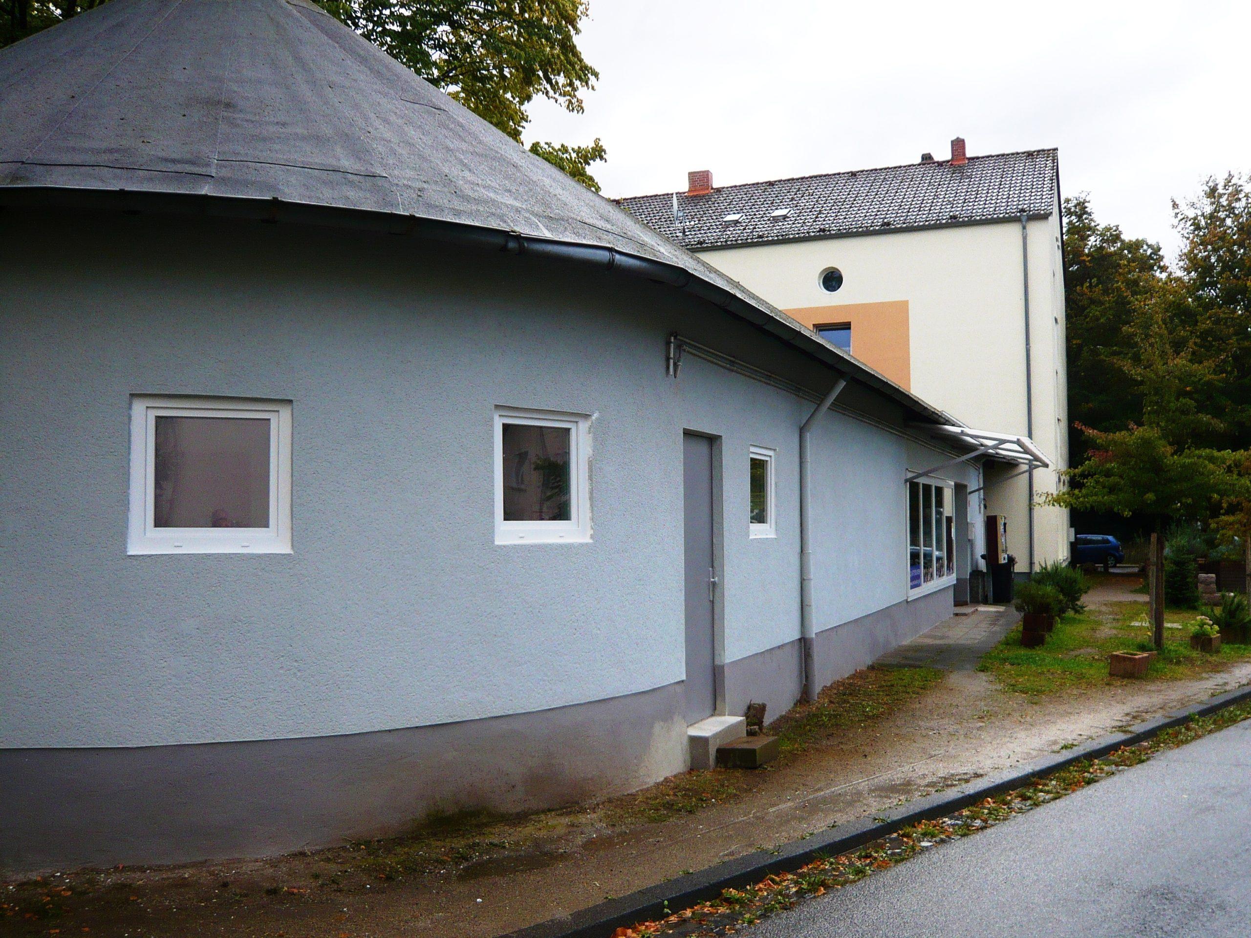 Read more about the article Quartierladen: Neue Fenster für Toiletten und Küche – Renovierungsarbeiten bald vor Abschluss…