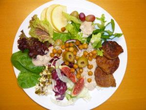 Read more about the article SeniorInnen-Mittagstisch: Was wird denn so gekocht? – Wir zeigen es Ihnen…